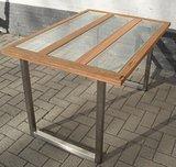 Tafel met glas_