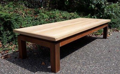 Salontafel op gerecycleerd houten onderstel