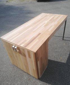 Keukentafel met kast